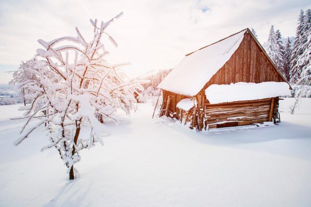 vinter sommerhus ved klitmøller